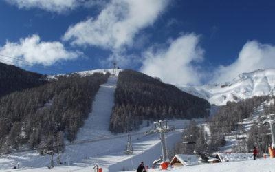 Hôte(sse)s de caisse saison hiver 2021/2022
